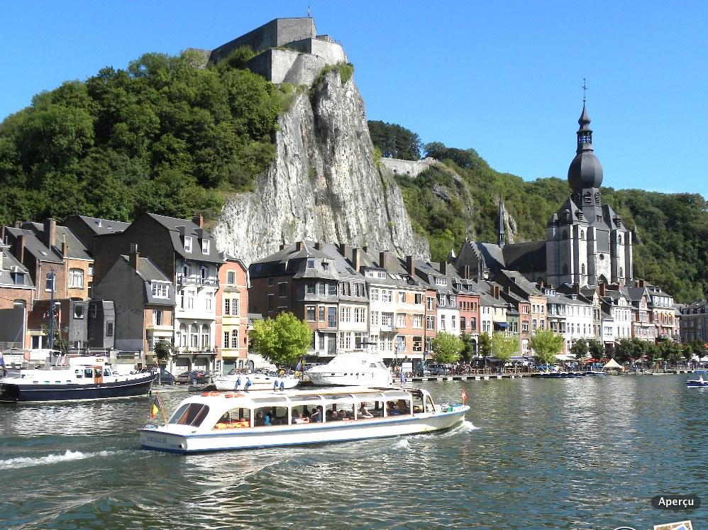 Dinant - Meuse belge (Photo PJL)