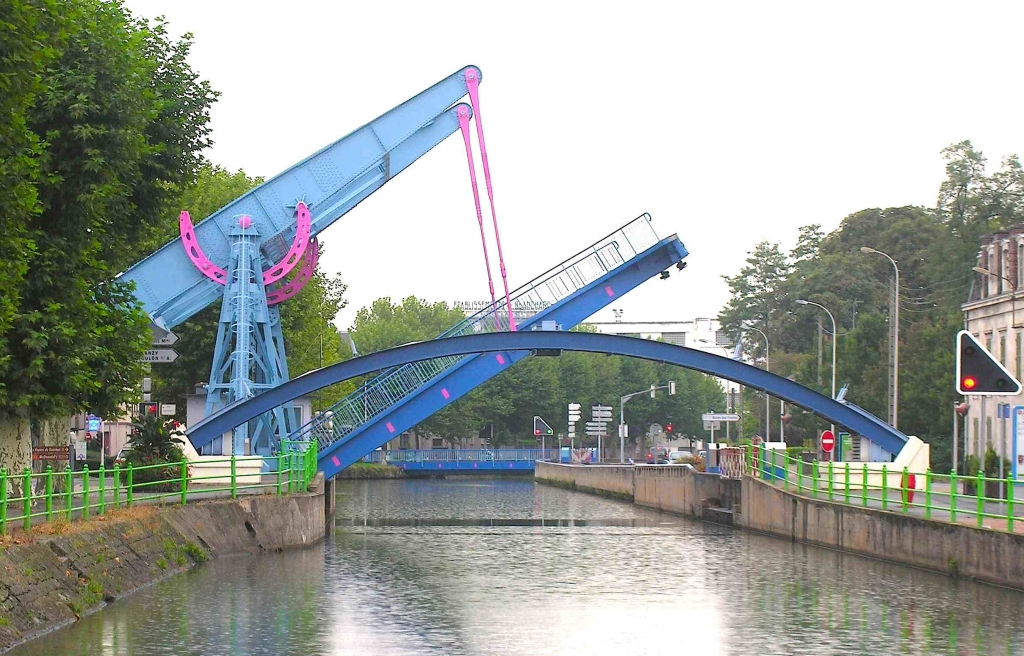 Montceau-les-Mines - Canal du Centre (Photo PJL)
