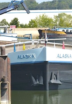 Alaska fait patienter Bornéo au port de Montereau (Photo Clio)
