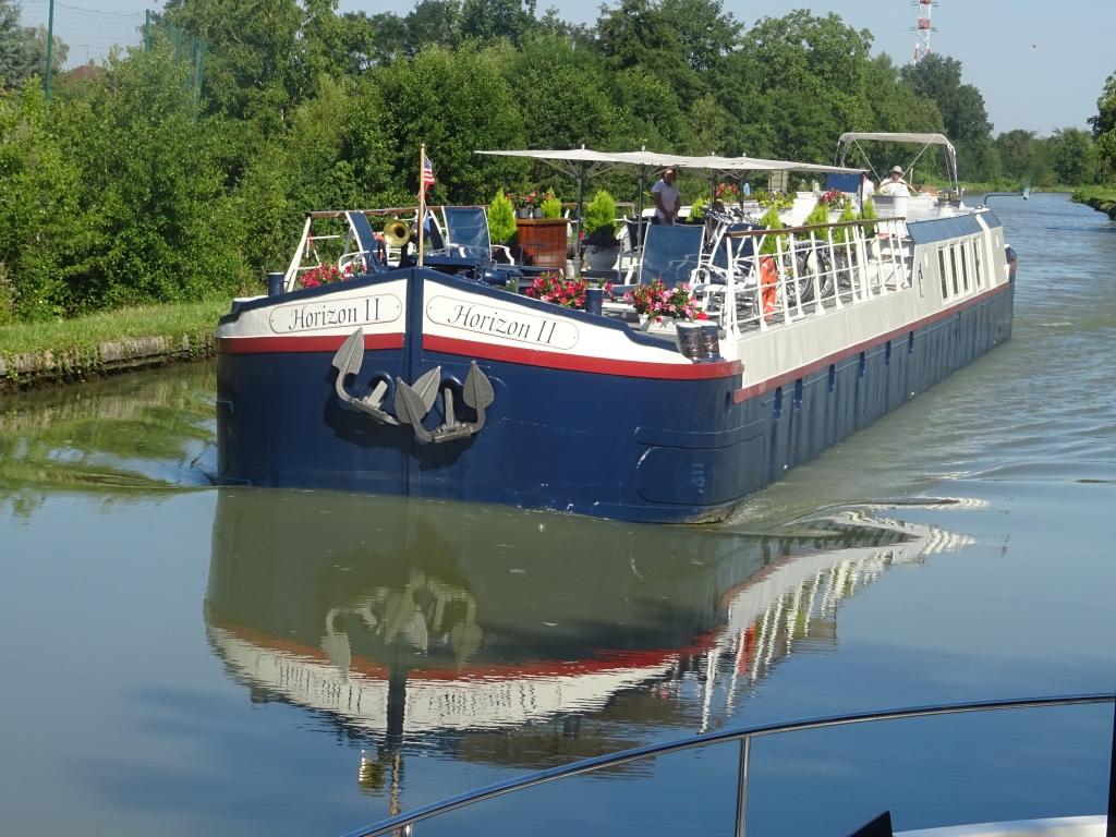 f46860f328d La péniche-hôtel Horizon II sur le canal Latéral à la Loire (Photo VB