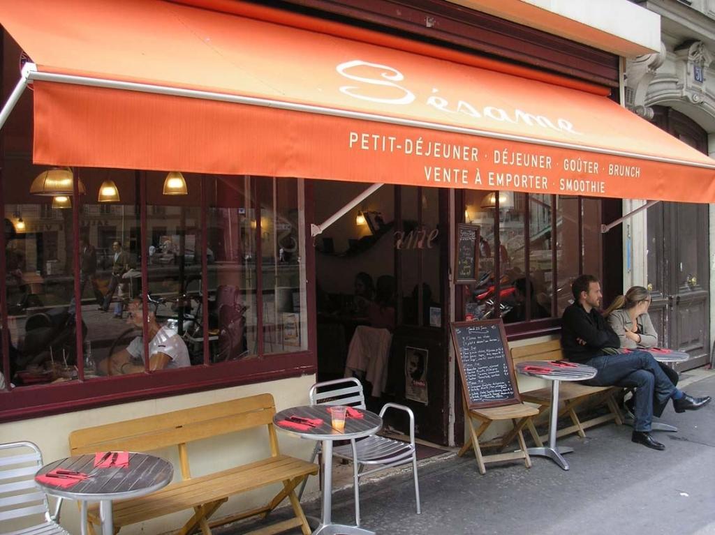 Revue fluvial casse cro te on vous livre bord un bol de soupe une tartine ou un smoothie - Restaurant quai de valmy ...